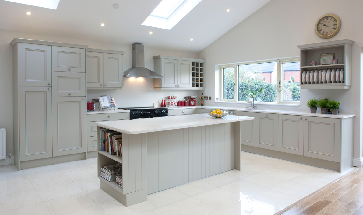 Nolan kitchens savoy contemporary kitchens for Kitchen design 4m x 2m