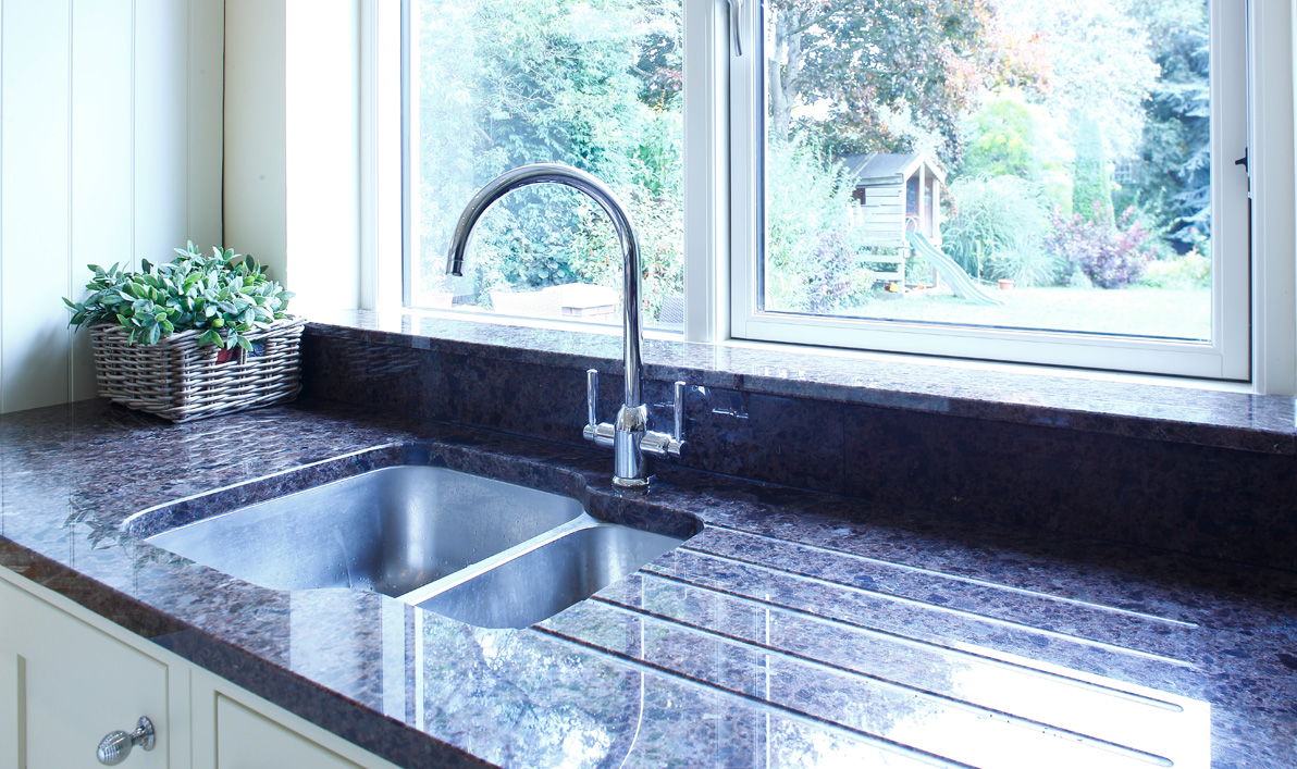 Nolan kitchens shaker in frame kitchens