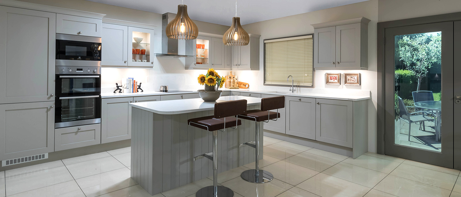 Kitchens nolan kitchens contemporary kitchens fitted for Fitted kitchen cabinets