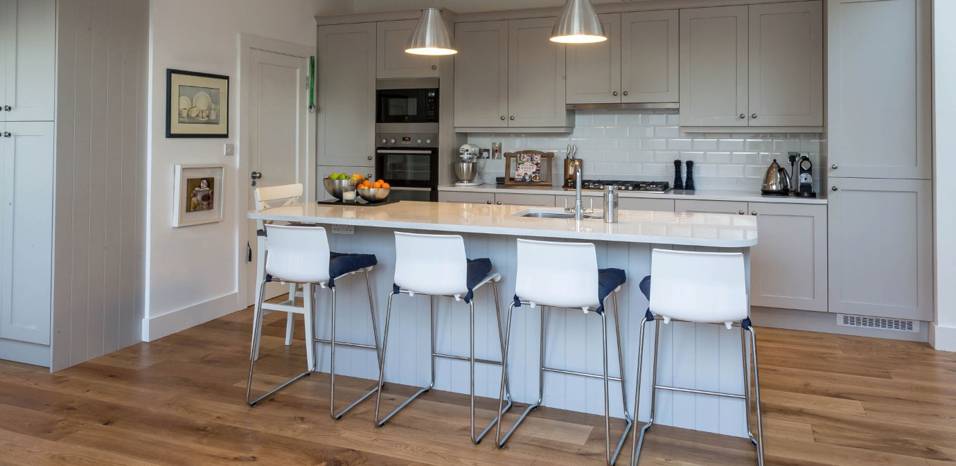Contemporary Hampton Kitchen
